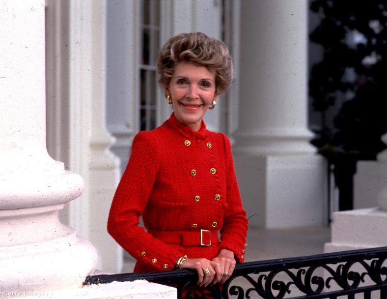 Nancy Reagen férje egyik legközelebbi tanácsadója volt, döntéseit azonban szokatlan alapon hozta meg: az asztrológiában hitt
