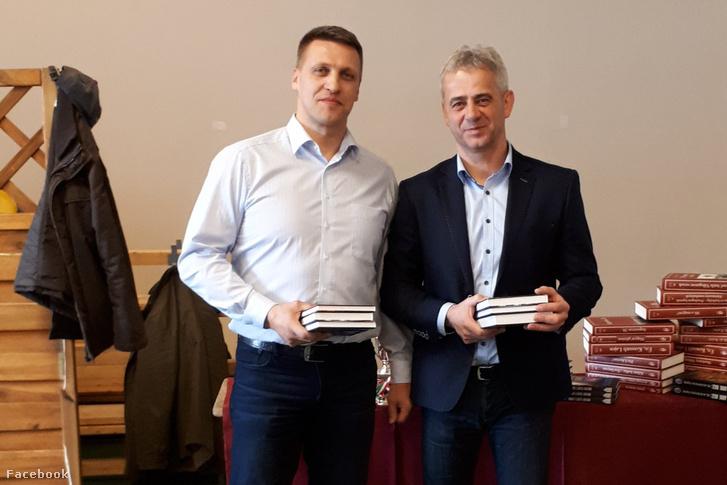 Bartók Csaba (j) és Ferenczi Ferenc a sakkversenyen
