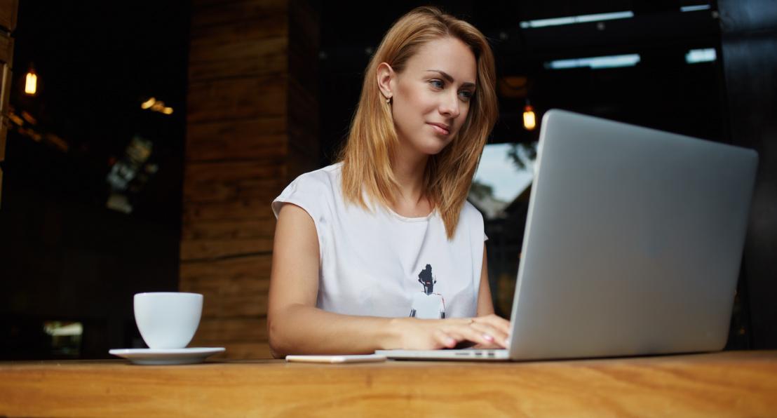 szavak a barátokkal online társkereső társkereső alkalmazás összehasonlítása