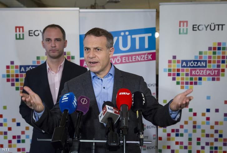 Juhász Péter, az Együtt elnöke és Szigetvári Viktor, az Együtt miniszterelnök-jelöltje