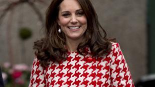 Szigorú szabály miatt nem veheti le nyilvánosan a kabátját Katalin hercegné