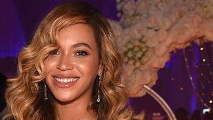 Beyoncé apja: A lányom nem lenne ilyen sikeres sötétebb bőrrel