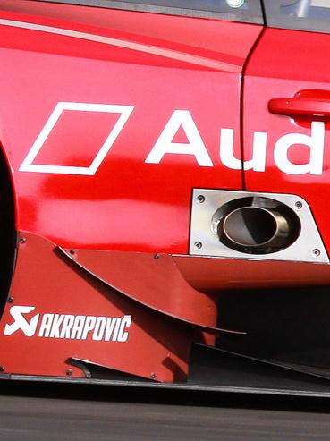 DTM Audi, ki nem találnád, min keresztül pufog ki