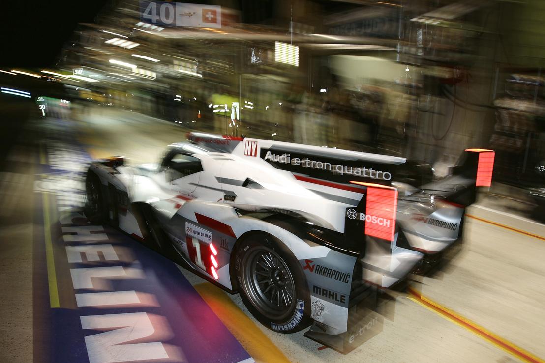 Audi R18 E-Tron Quattro - 2012-ben megnyerte Le Mans-ban a 24 órást - Akrapovic-csal