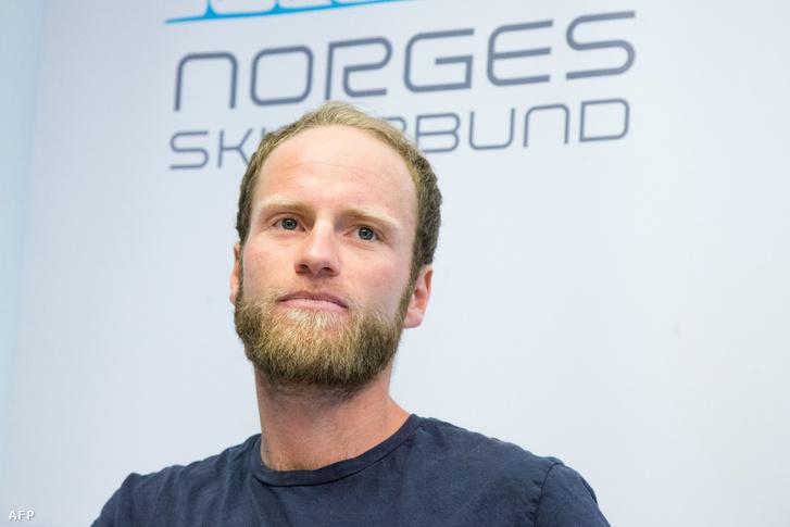 Martin Jönsrud Sundby 2016-ban az eltiltással kapcsolatban szervezett sajtótájékoztatón