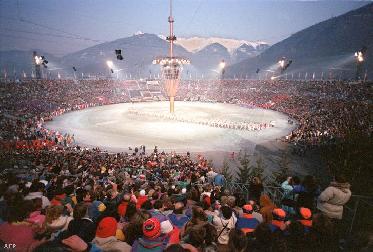 :A téli olimpia megnyitó ünnepsége Albertville-ben