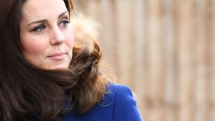 Katalin hercegnének szó szerint földbe gyökerezett a lába