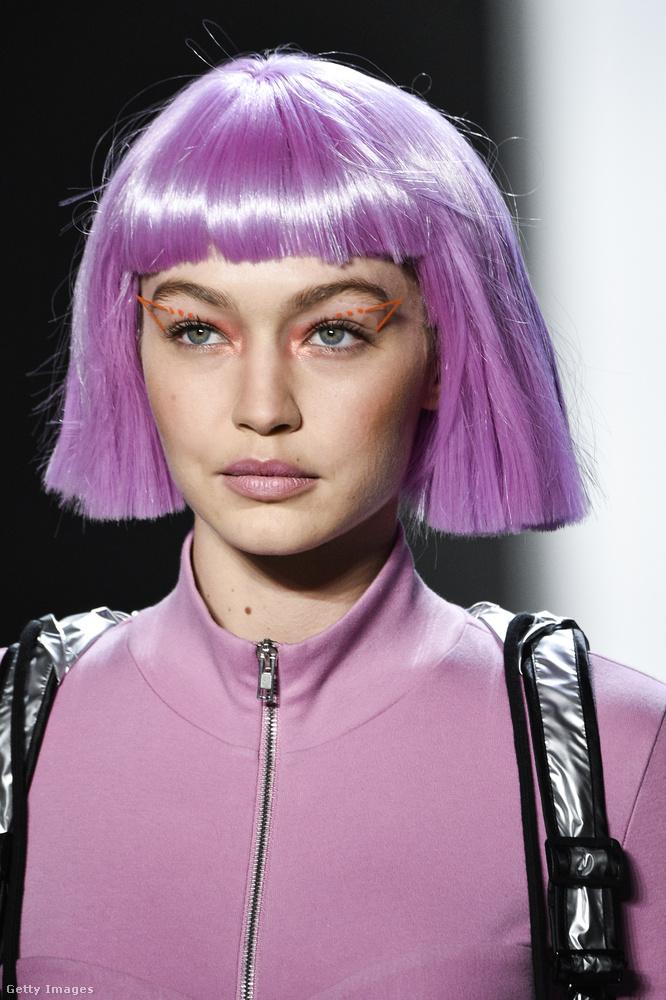Na de honnan is rémlik ez a lilás-rózsaszínes haj?