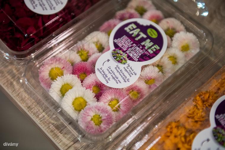 Volt itt mindenféle csoda: például ehető virágok...