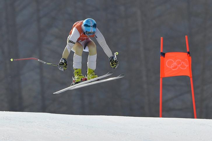 Kékesi Márton alpesi síző a phjongcshangi téli olimpia férfi lesiklás számának edzésén a Dzsongszon Alpesi Központban 2018. február 9-én.