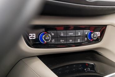 Egyszerű és jól kezelhető a klíma - az Opel nem esett még a mindent-LCD-re-mániába
