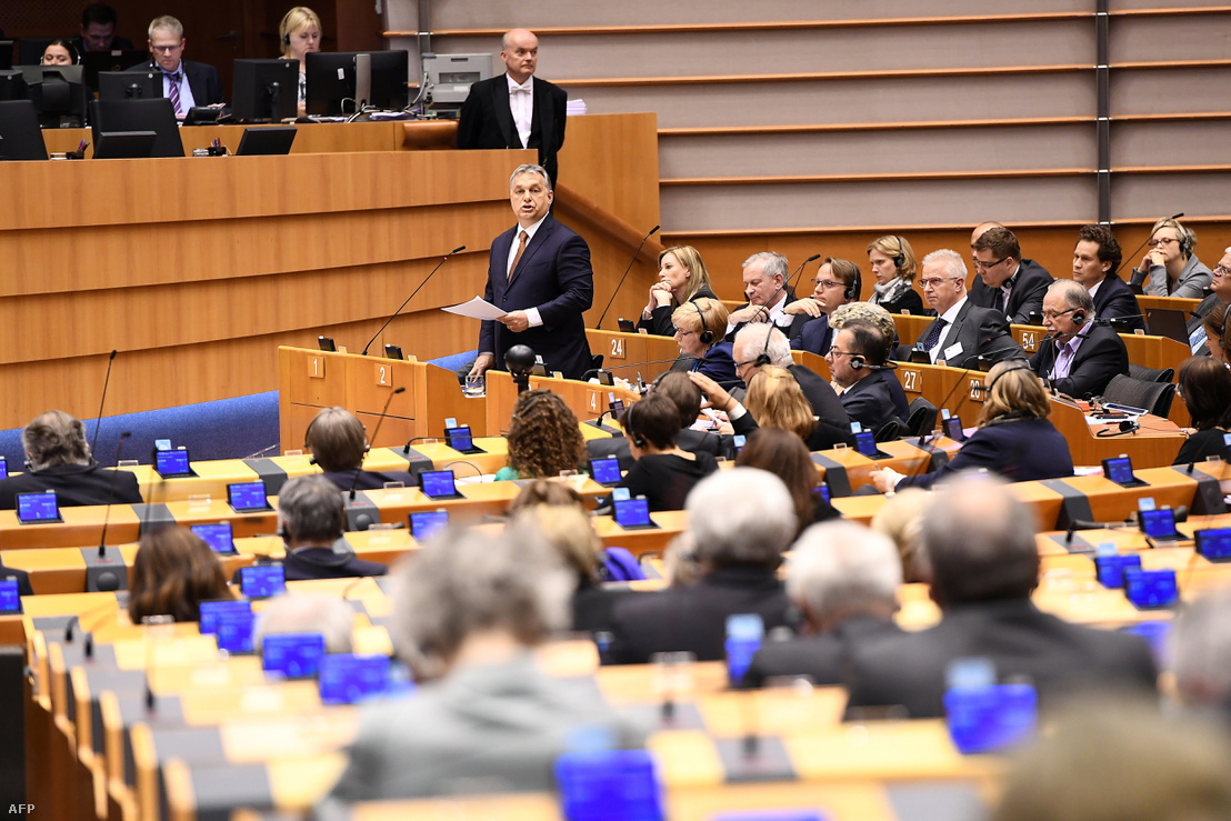 Orbán Viktor az EP egyik plenáris ülésén.