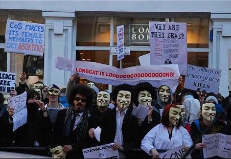 Anonymous-tüntetés a szcientológusok ellen