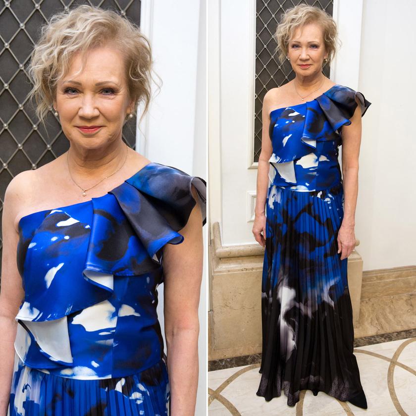 Udvaros Dorottya a kék-fekete-fehér, Kanadából érkezett Frank Lyman-ruhában.