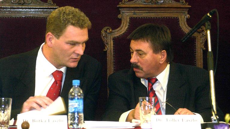 Pont a kampányban vádolnak korrupcióval egy visszavonult és egy halott MSZP-st