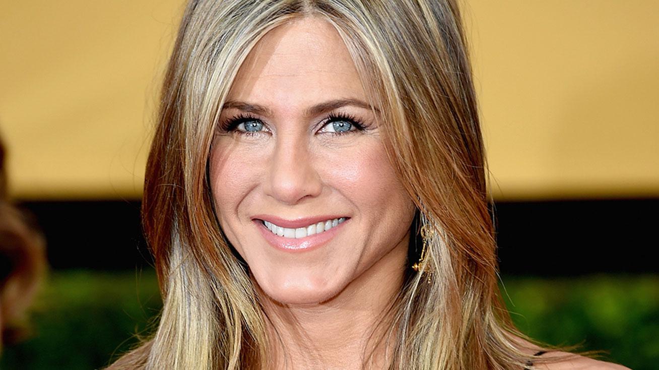 Jennifer-Aniston-cover