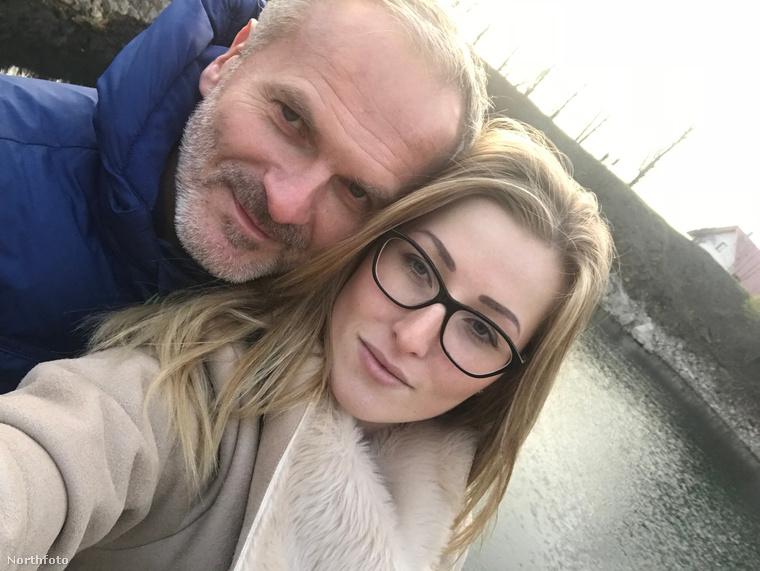 Egy csehországi szerelmi történetet mesélnek el ezek a fényképek, és ön a címben elolvasta már, hogy miért tarthat szélesebb érdeklődésre számot Tereza Hatlas és George Sekanina története: a lány 20, a férfi 51 éves.