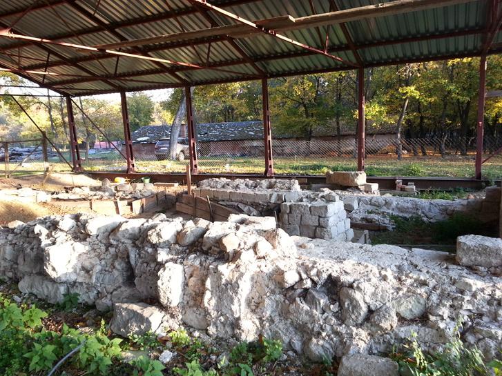 A romok jelenlegi állapota az Üveghegyen