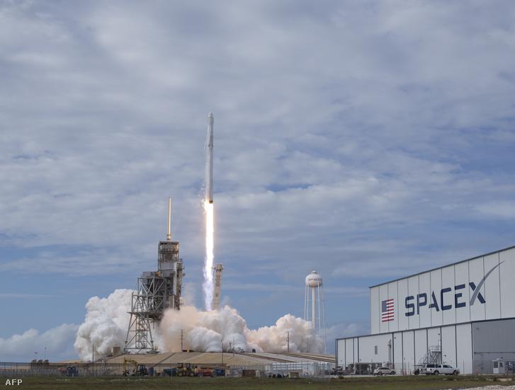 Egy Falcon 9 startja 2017-ben