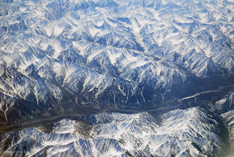 Alaszka végtelen, havas hegyláncai