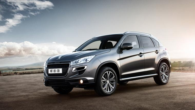 Peugeot 4008 – Köztudottan nem egy Európára hangolt autóról van szó a Mitsubishi ASX-ből épített kompakt SUV-nál, de a Peugeot csak többet várt a modelltől, amikor eldöntötte, árulja a logója alatt