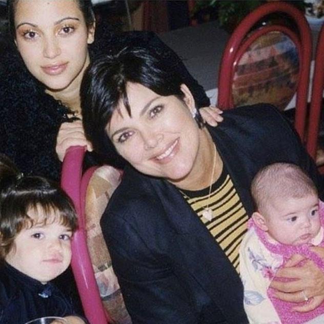 Kris Jenner néhány órája posztolta ezt a fotót a lányairól - Kim még egészen másképp nézett ki akkoriban.