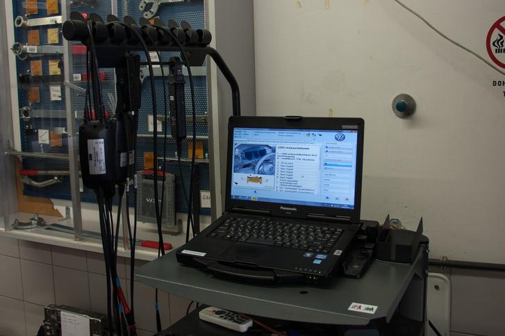 A diagnosztika során a mérőkábelekkel lehet vizsgálni az egységeket, a jelfeldolgozást az ODIS végzi, annak megfelelően határozza meg a következő lépét