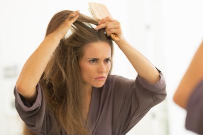 hogyan lehet gyorsan gyógyítani a fejbőr pikkelysömörét otthon