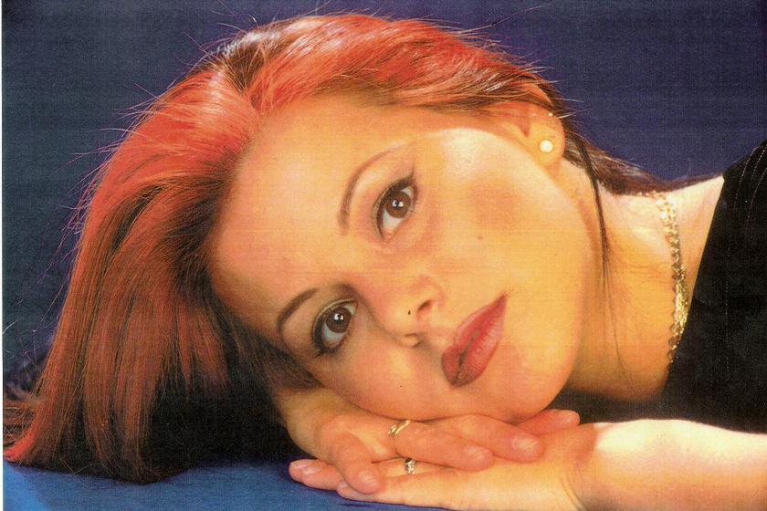 Ez a felvétel 1995-ben készült az énekesnőről.