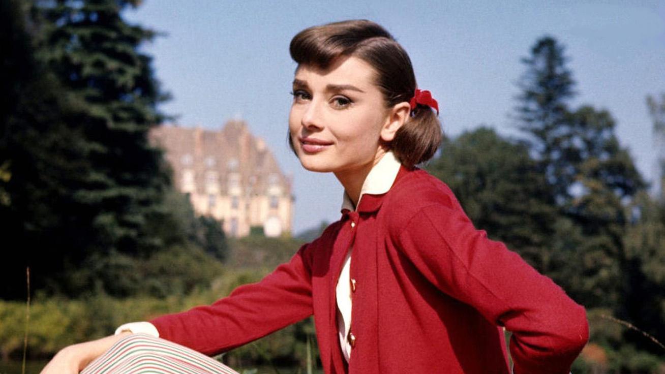 Audrey Hepburn 1308x736