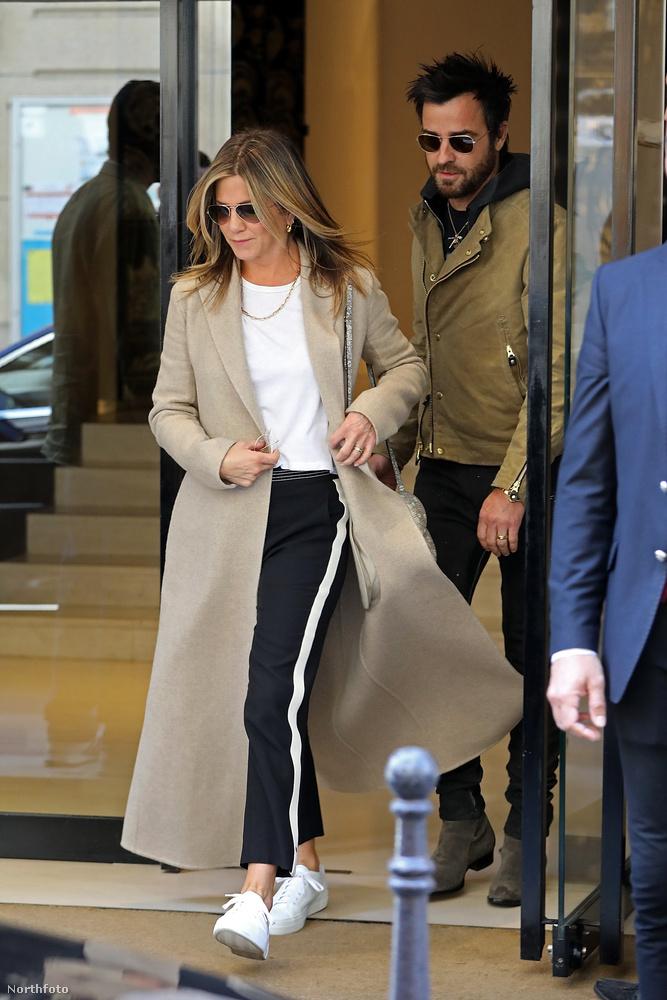 Jennifer Aniston ezzel már kétszeresen elvált hollywoodi nő lesz.