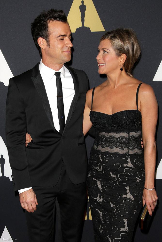 Theroux többször is nyilatkozott arról, hogy mennyire szereti feleségét.