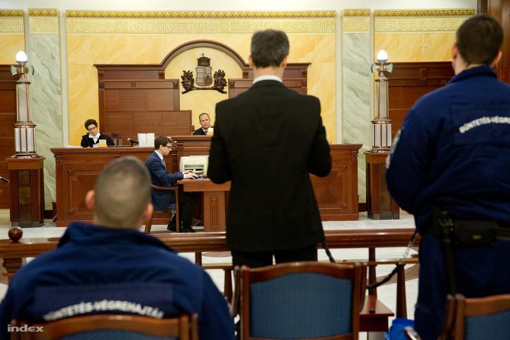 A vádlott B. Krisztián beszél