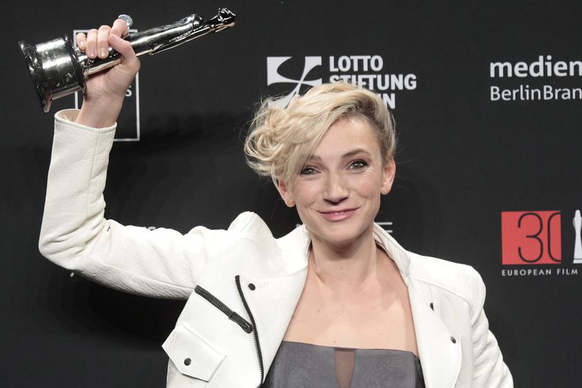 Borbély Alexandra 2017. december 9-én vette át az Európai Filmakadémia legjobb színésznőnek járó díját.
