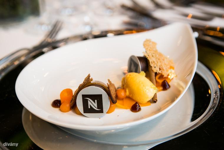 A desszert a Michelin-csillagos Onyx étteremből érkezett, Mártha Róbert készítette
