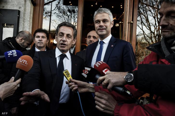 Nicolas Sarkozy és Laurent Wauquiez 2017. december 8-án, egy közös lyoni sajtótájékoztatón