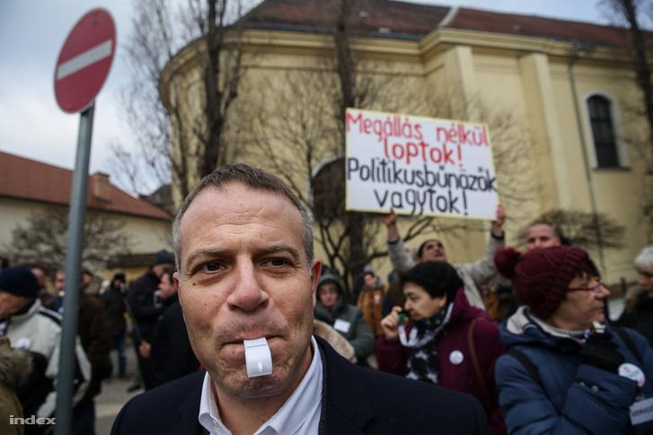 Juhász Péter tavaly füttyszóval tüntetett