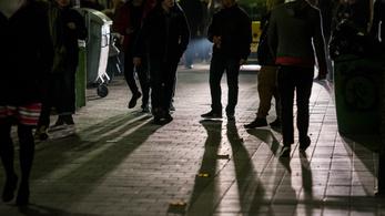 Telehányták a kapualját a kocsmatúrázók? Új oldal indul, ahol bejelentheti
