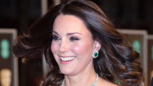 Műhiszti! Miért nincs Katalin hercegné feketében? Nem támogatja a Time's Up-mozgalmat?