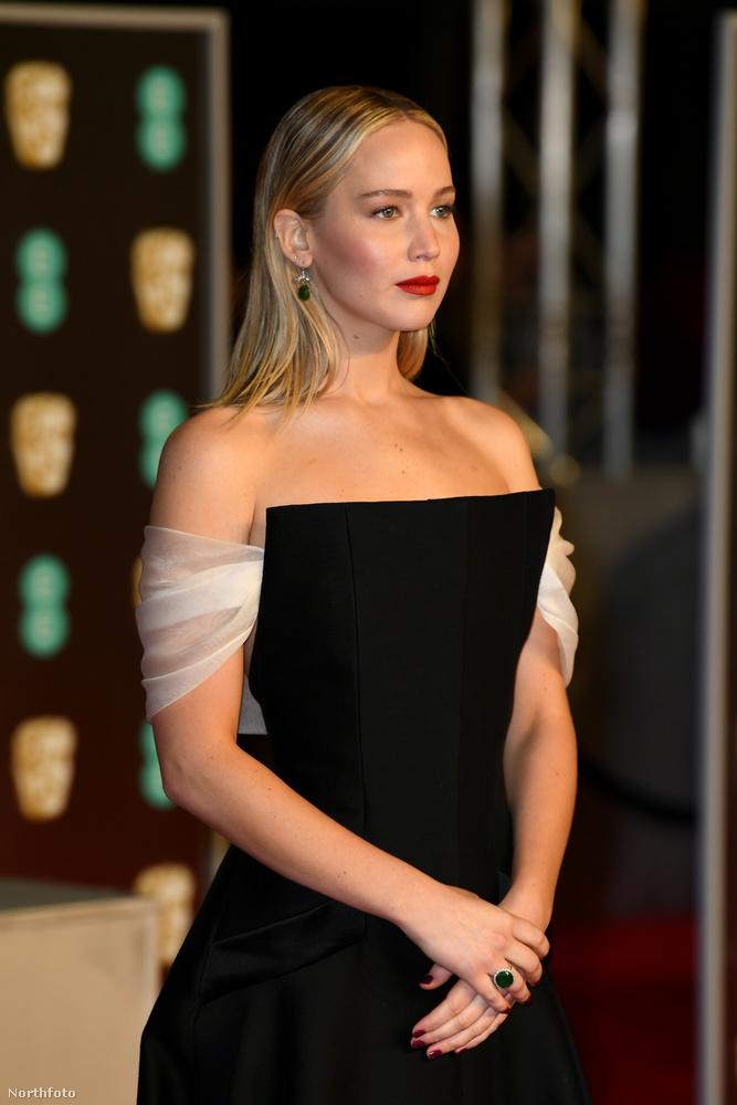 A Vörös veréb budapesti premierje mellett kevés sikerrel kampányoló Jennifer Lawrence is ott volt a BAFTA-n.
