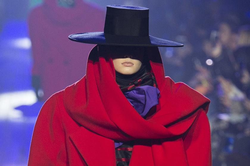 Így öltözik stílusosan egy introvertált személy - Különleges divatképek