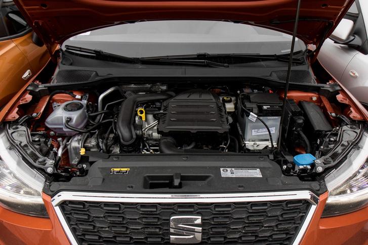 Nem kell szétforgatni, alul is nyomatékos (175 Nm) és nem fél használni