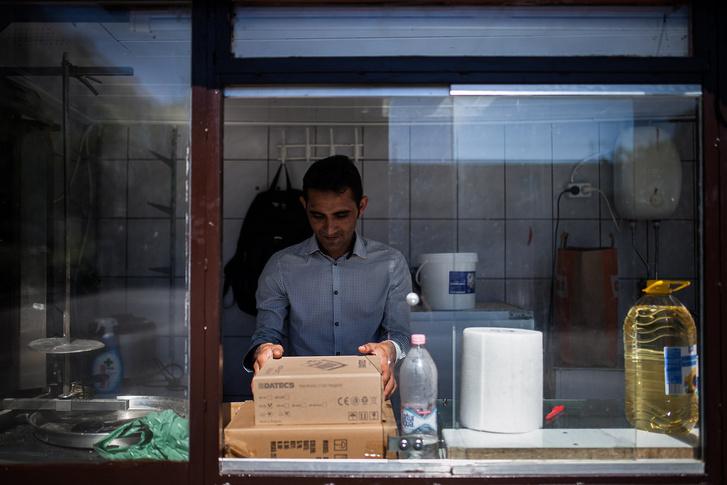 Omar a budapesti gíroszos nyitásakor 2016. július 5-én