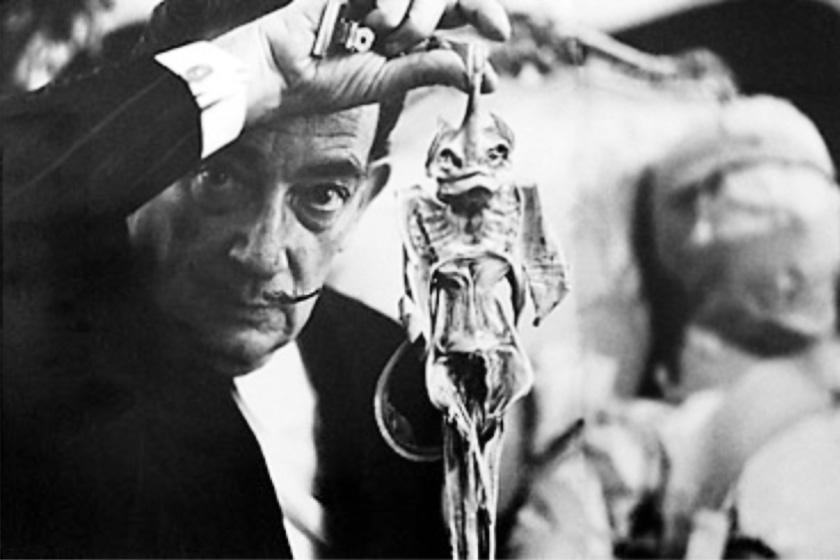A szürrealizmus szerelmese, Salvador Dalí egy Jenny Haniverrel.
