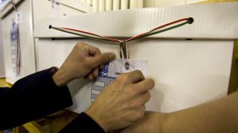 A Fidesznek lesz a legtöbb szavazatszámláló embere
