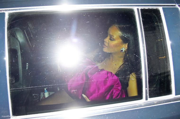 Ahogy mi is megírtuk, Rihanna kedden ünnepelte a 30