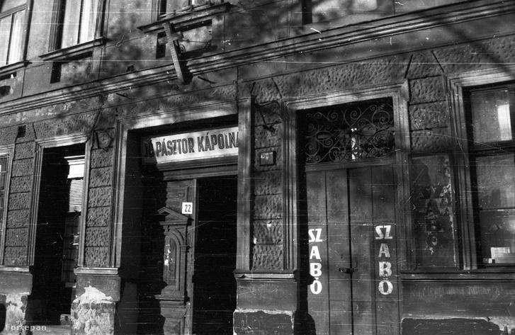 Kálvária tér 22. A Jó Pásztor kápolna 1987-ben