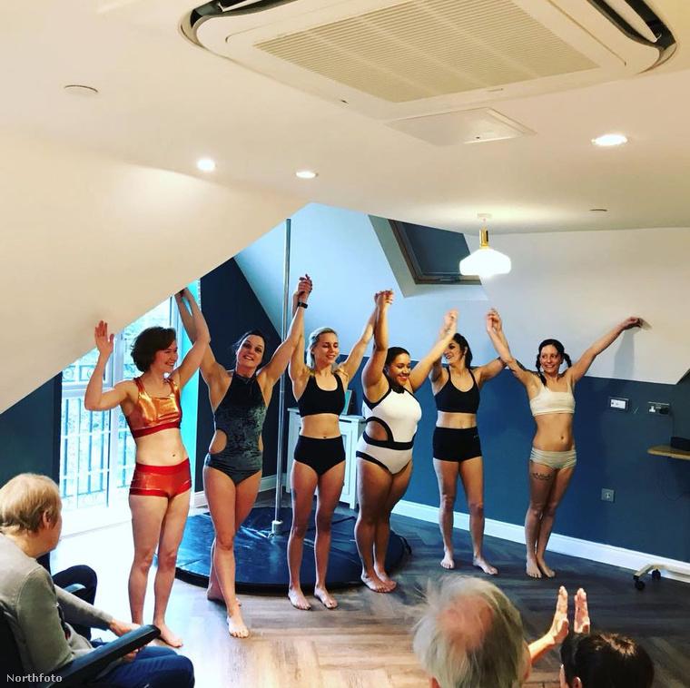 A táncosok és a lakók pedig egyértelműen azt a visszajelzést adták, hogy nagyon élvezték ezt az elsőre talán szokatlannak tűnő helyzetet