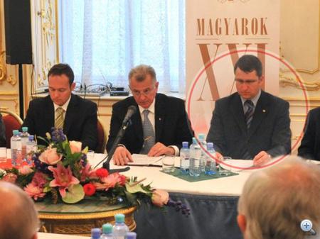 Kiss Antal  Schmitt Pál balján a Magyarok XXI. konferenciasorozat nyitányán
