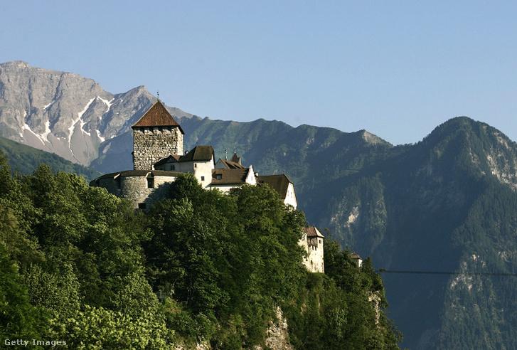 Vaduz vára Liechtensteinben